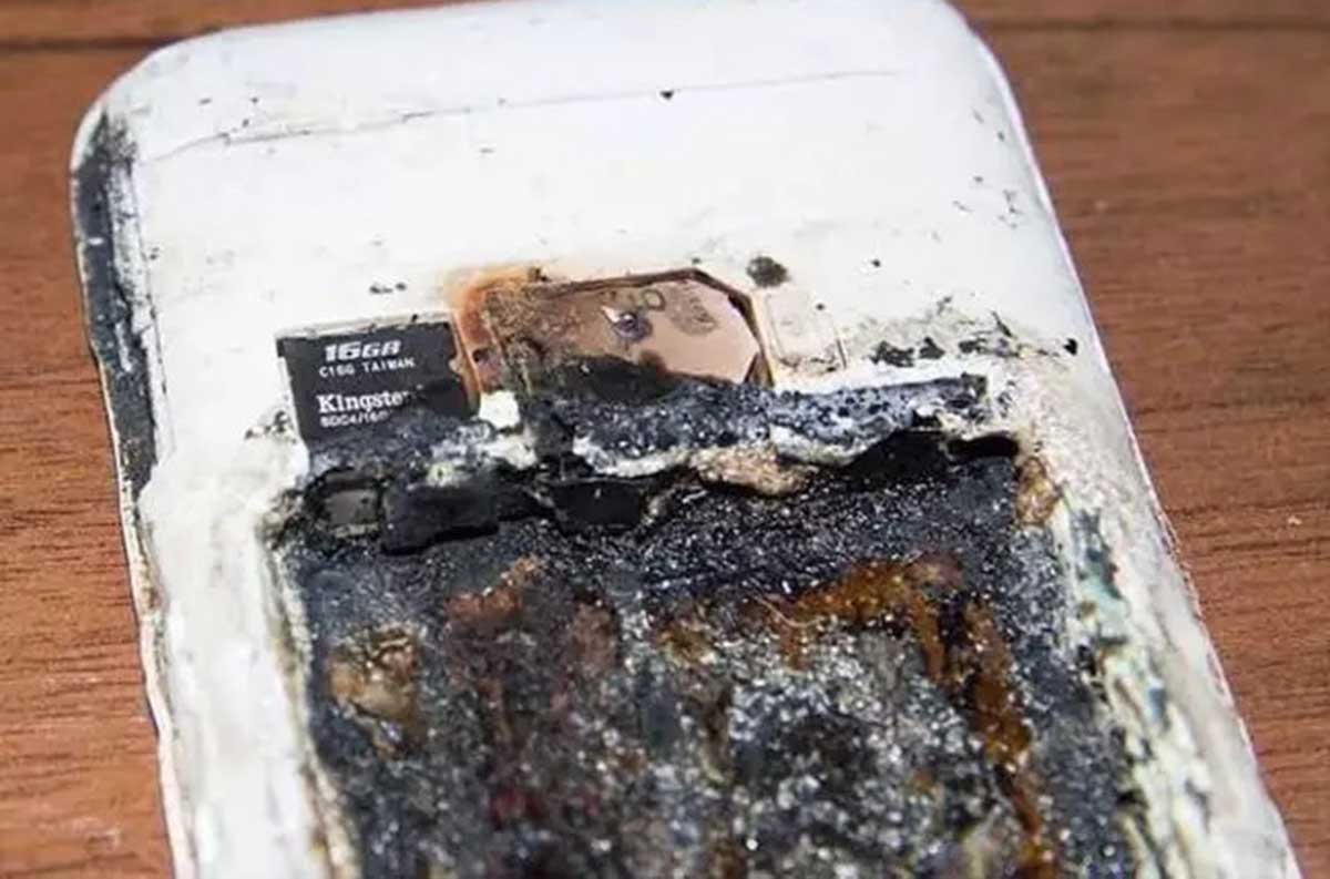 Teenage schoolgirl dies after charging phone exploded on her pillow